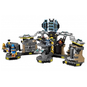 "Lego Batman Movie 70909 ""Нападение на Бэтпещеру""/BELA 10636(LEPIN 07052)"